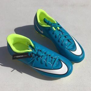 Nike women's Mercurial Vortx 2 size 6 NWB
